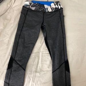 Lululemon cropped leggings with patterned band